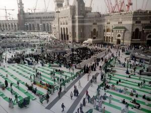 Préparation pour accueillir les jeûneurs à la Mecque