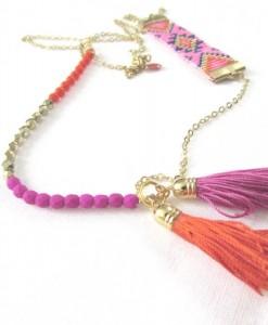 sautoir_colors_bahia_may_boheme_hippie_boho_ethnic_chic_pompons_soie_perles_tissées_dorées_rose_fluo_neon_orange-555x675